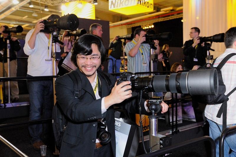 This Nikon AF-S 200mm f/2 lover checkout the AF-S 200-400 f/4 lens.