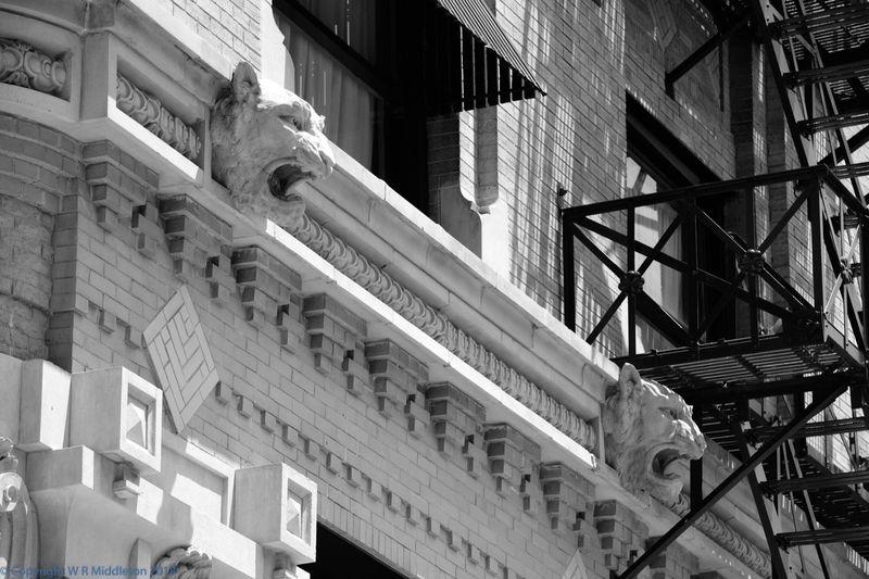 flatiron building lintel