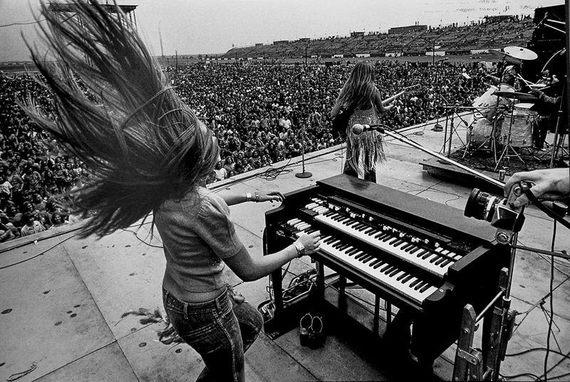 Rock concert, band