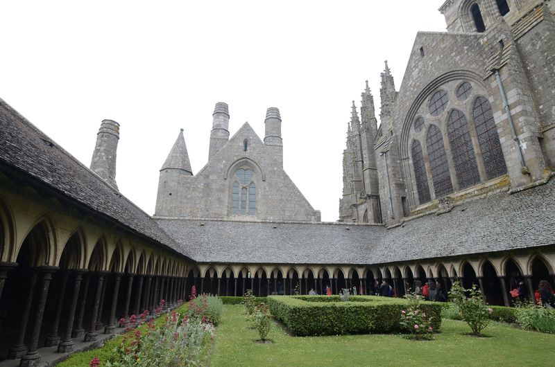 Abadie St.Michel,cloister