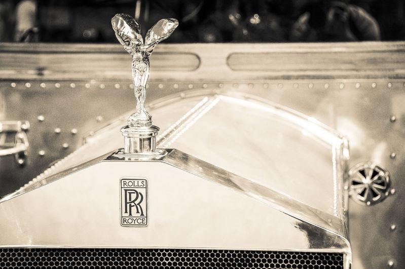 RR Hood Ornament