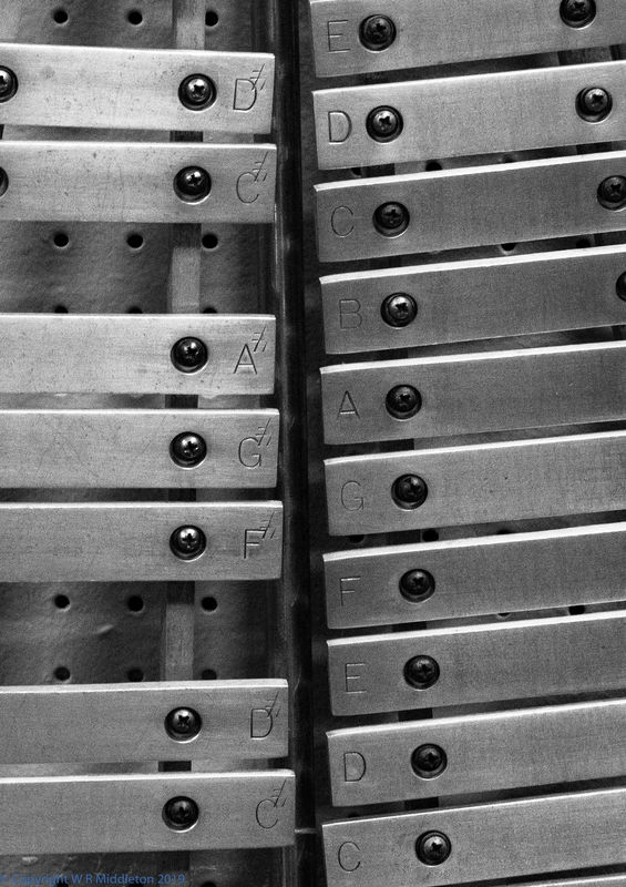 xylophone_detail_1_bw