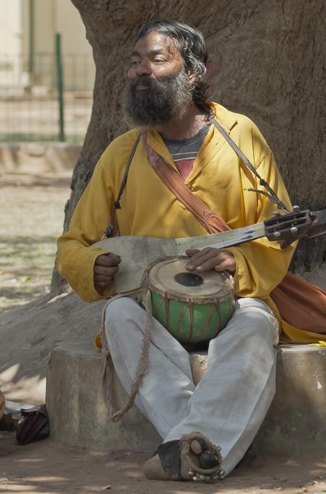 Tumi Kamon Kore Gaan Karo He Guni...by Rabindranath Tagore