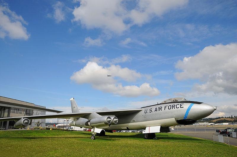 Boeing-WB-47E-Stratojet
