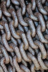 Chains /vizz/