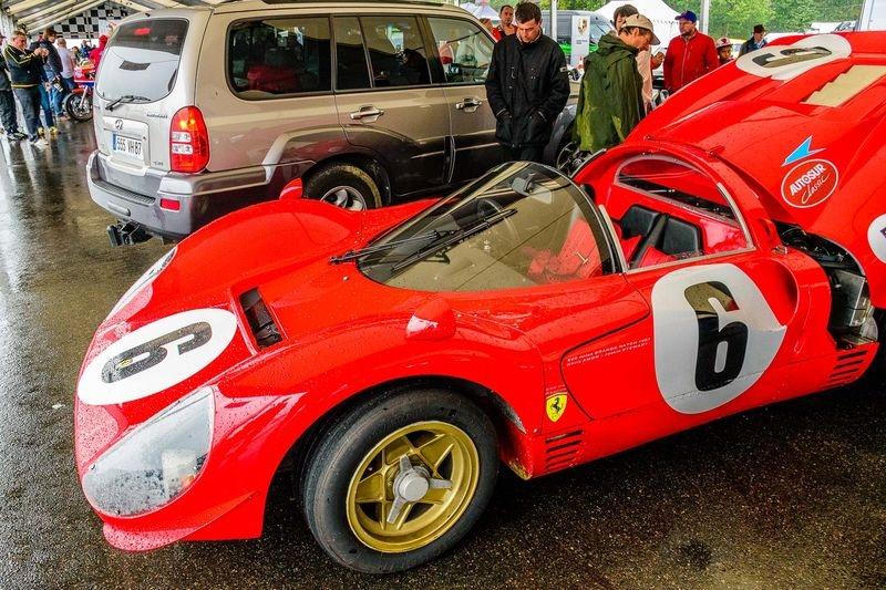 Ferrari 330 P4 replica