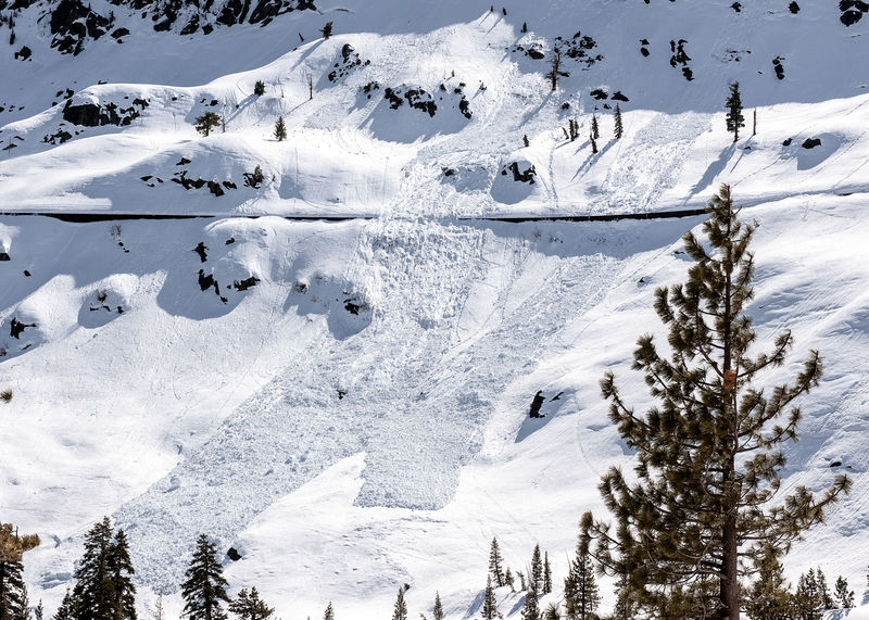 Donner Summit, Snowsheds and Snow Slide