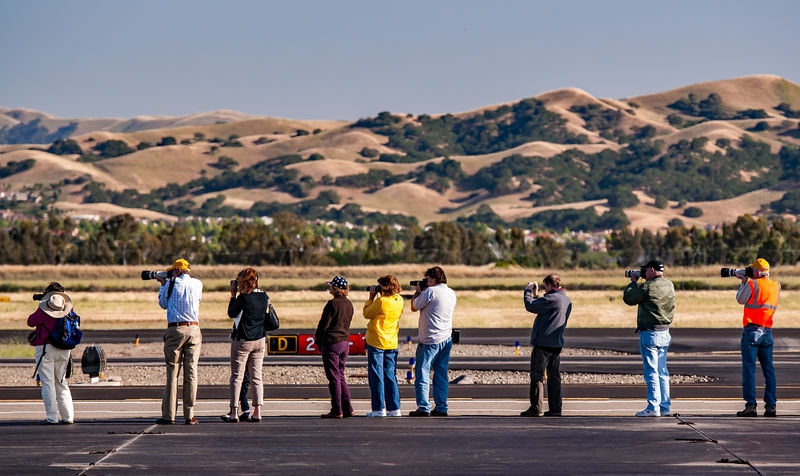 Livermore Fly-In _ Photo Line