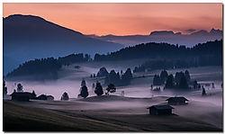 Low Hanging Mist (henbo)