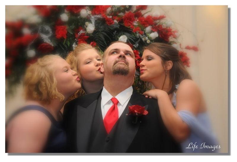 Girls Kiss Dad