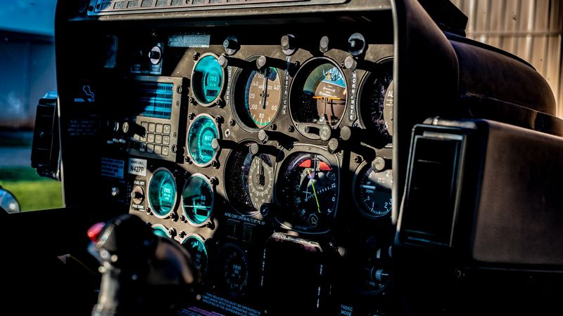AirCafe 2 Bell 407 cockpit