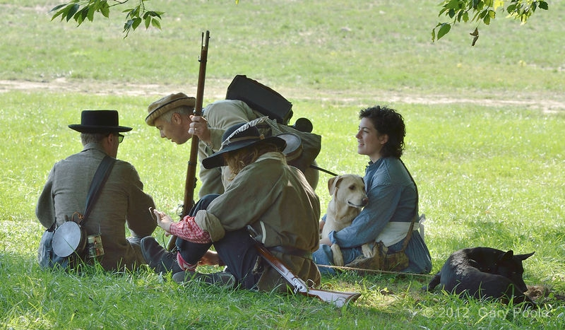 Confederate family relaxing