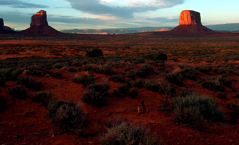 ANPAT2 - Monument Valley Buttes at Sunrise