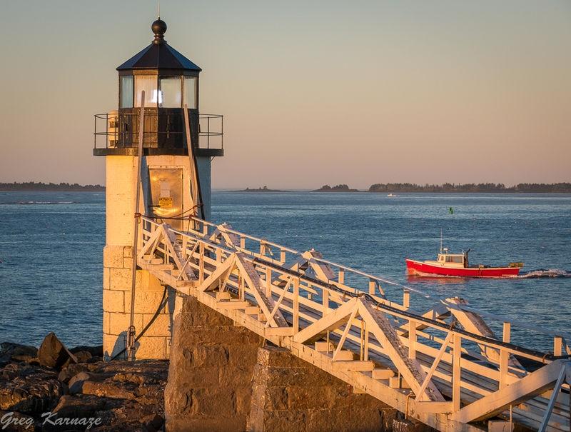 Marshall_Point_Lighthouse