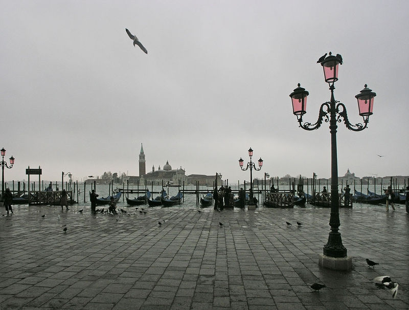 grey skies at Piazza San Marco