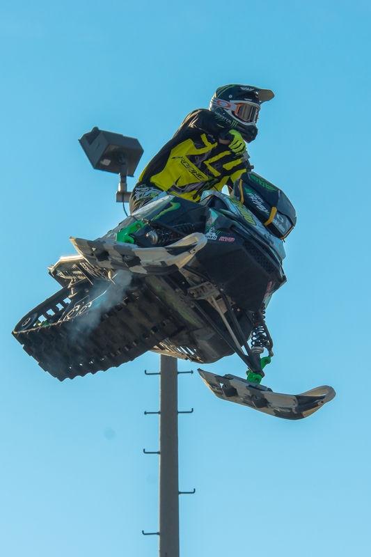 Flying Skidoo