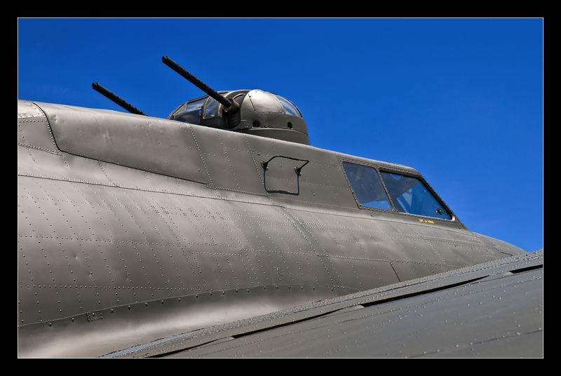 B-17 Top Gun