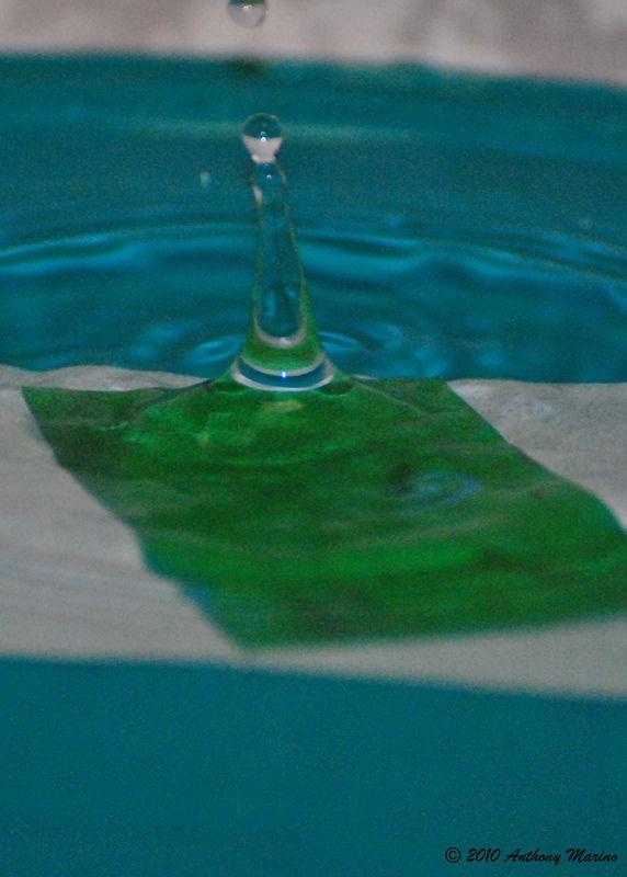 Dancing Water Droplets