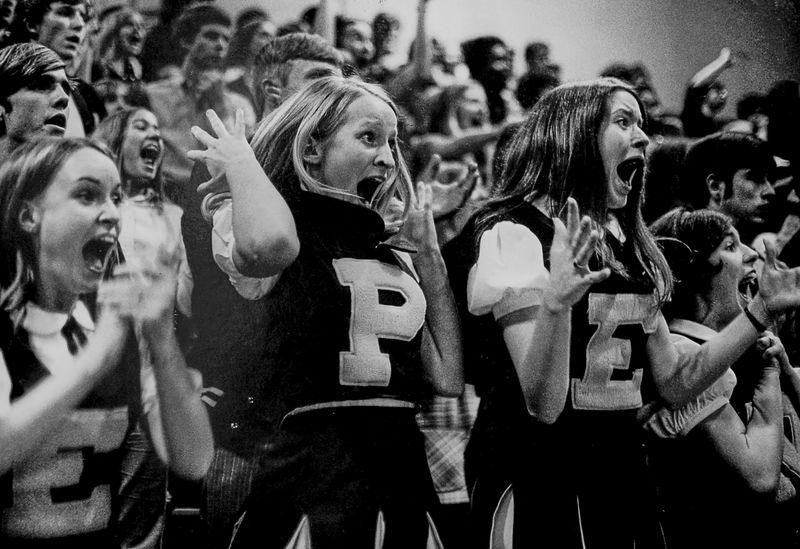 Yelling cheerleaders