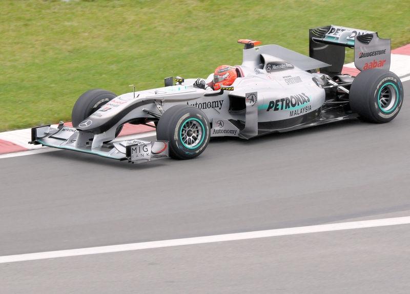 Schumacher, Entering Turn 2