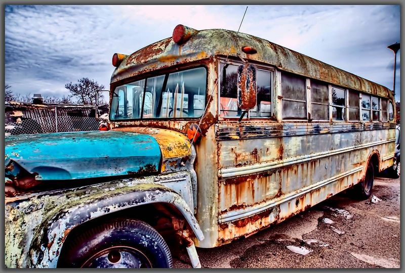 Old -  Bus