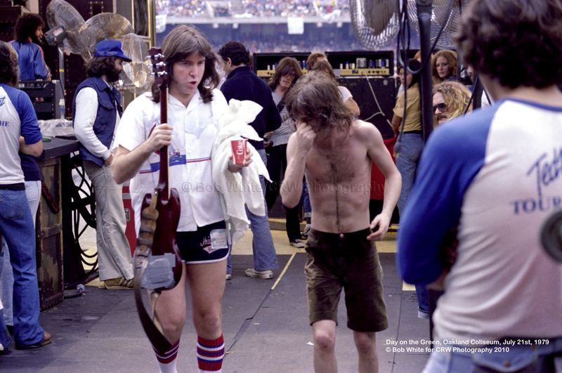 Angus Young, AC-DC