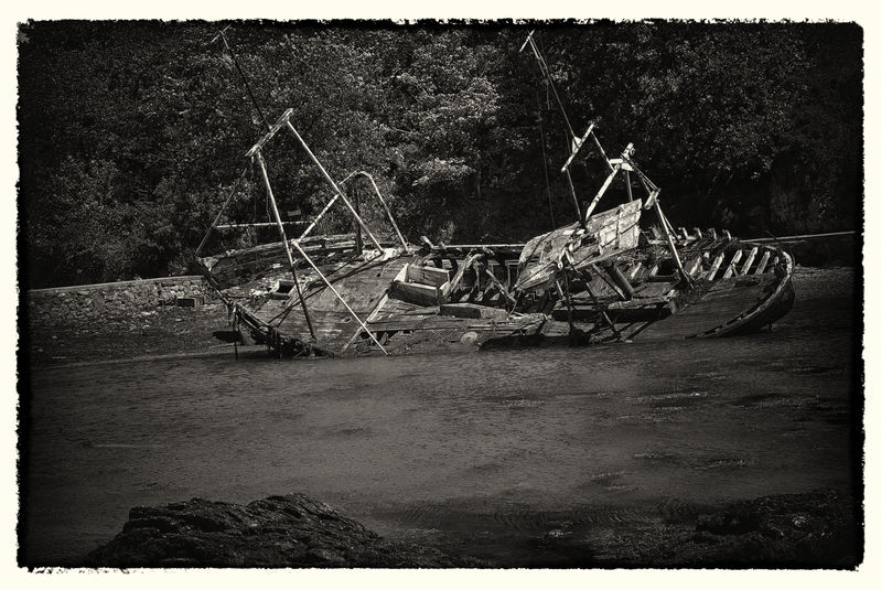 Boat wreckage,Anglesey_0003.