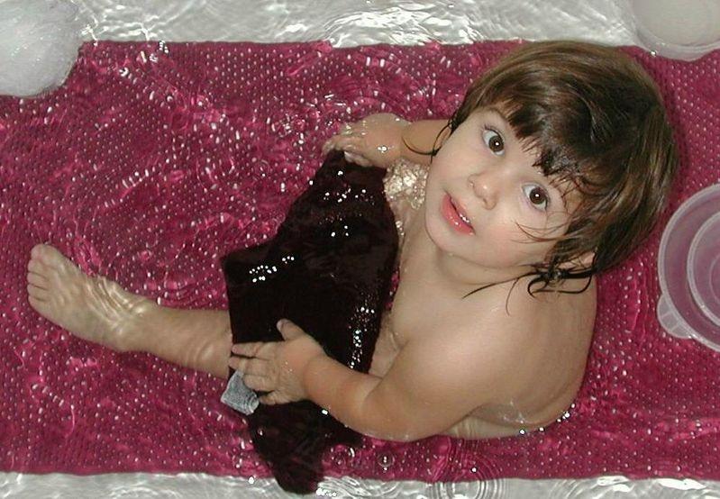 Rub a Dub Dub my girl in the Tub