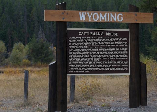 Cattleman's Crossing