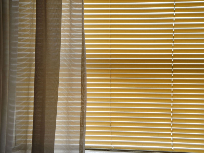 BLINDS_AND_SHEERS