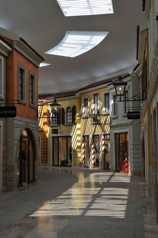 Einkaufszetrum Passage