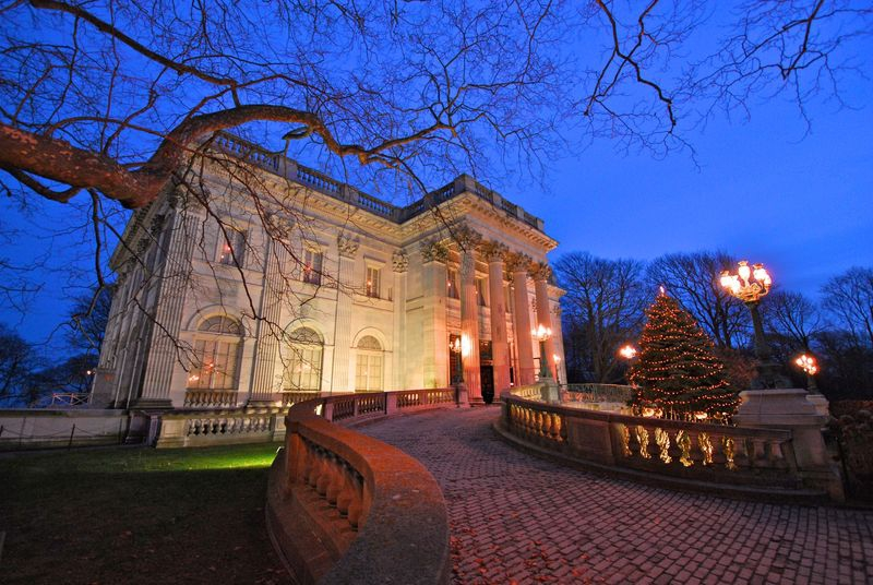 Marble House Mansion - Newport