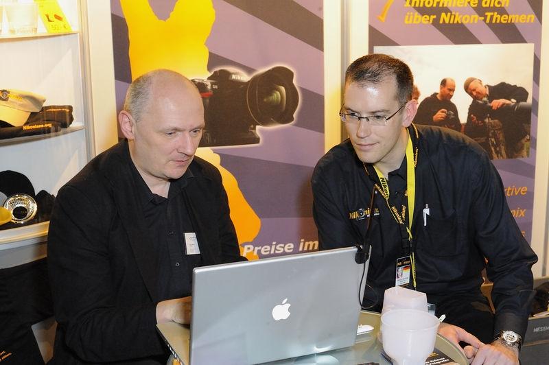 Nikonians Staff member Hendric Schneider doing business