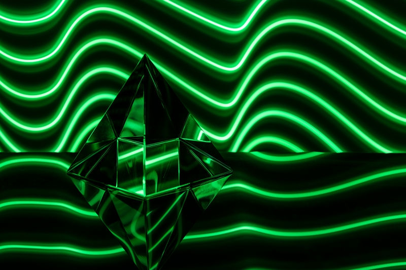 Cube-ist Pyramid in Green