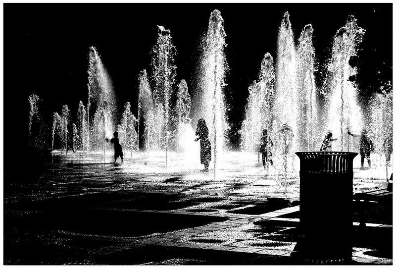 The shadow fountain