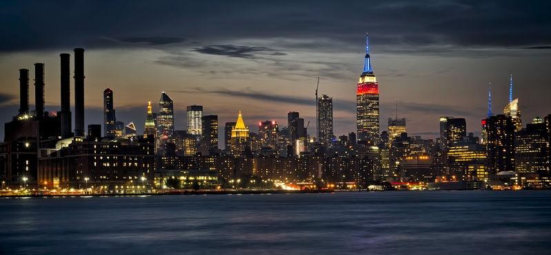 From Williamsburg Into Manhattan