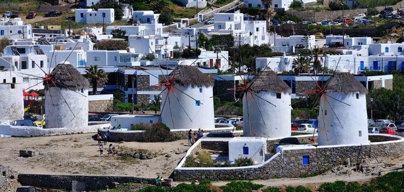 Med_Cruise_2015_842_-_Mykonos_Greece_-_Leaving_Mykonos