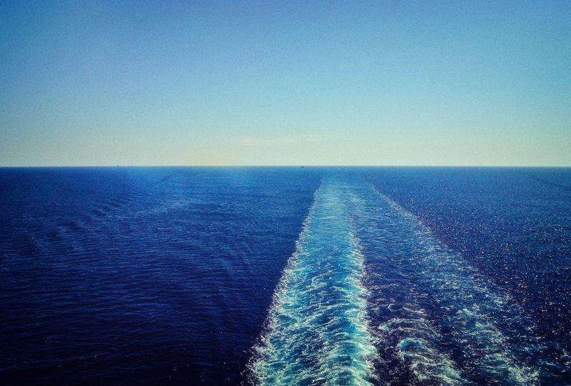 HER_AEGEAN_SEA_WAKE_1230