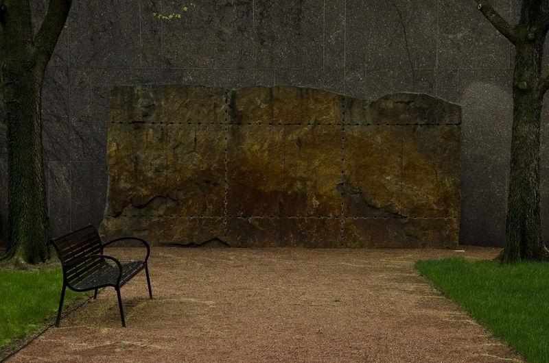 Exterior Art at Chicago Art Institute