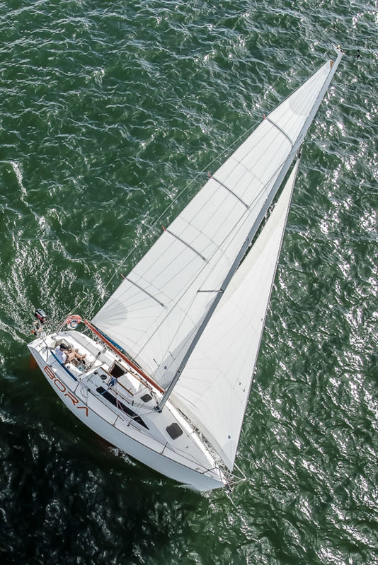 Sailing on Lake Paranoa