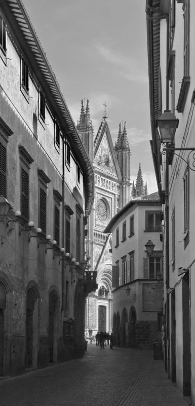Road to the Duomo