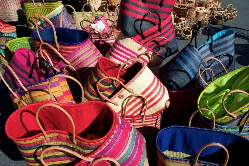 Fontenay Le Comte - baskets for sale