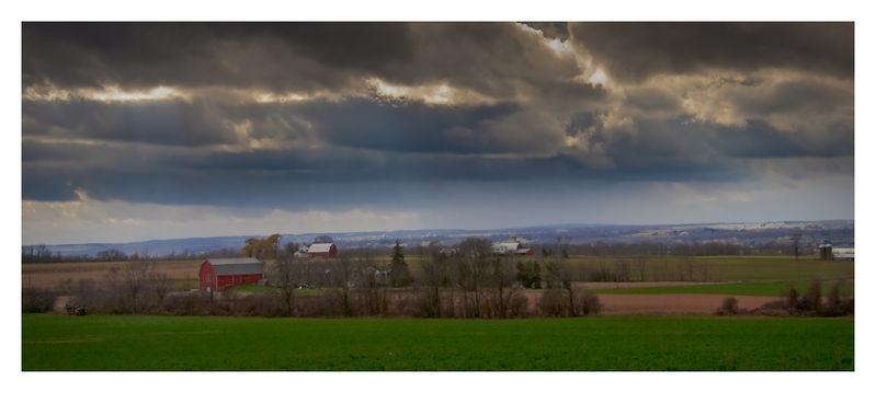 Storm cloud near Seneca Lake, NY