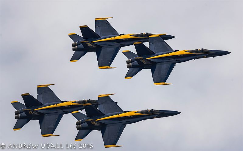 Blue Angels F-18 formation Seattle Seafair Weekend 2016